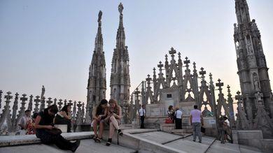 Milano Un Montacarichi Nuovo Per Portare I Turisti Di Expo