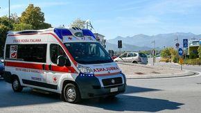Ciclista investito da un'auto in corso Giolitti a Cuneo