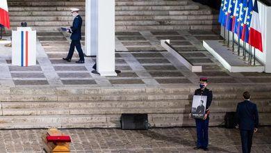 La Francia e l'eterna domanda sull'Islam: è compatibile con una Repubblica laica?