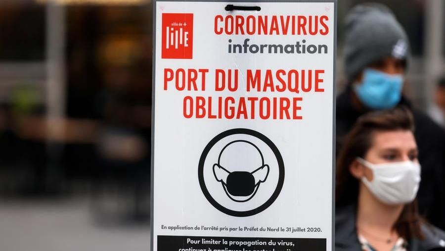 Coronavirus In Francia Massima Allerta Italia Impone Tampone Ad Arrivi Anche Da Gran Bretagna E Paesi Bassi La Stampa