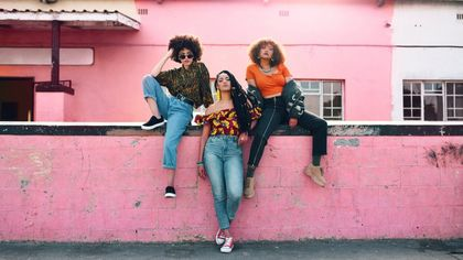 Guerra di stile tra Generazione Z e Millennials