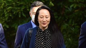 "Cina, le accuse a Lady Huawei sono ""inventate"". È persecuzione politica, Meng torna in patria"