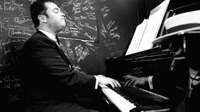 Da pianista a rider per colpa del Covid, muore d'infarto a 41 anni