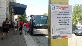 L'autista del bus sostitutivo partito da Campo Ligure, a Genova non sa che percorso fare
