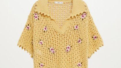 La polo crochet che piace a Gigi Hadid