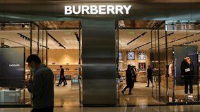 """Burberry ai dipendenti: """"Buonuscita o licenziamento: avete 57 minuti per decidere"""""""