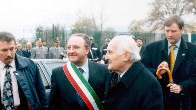 Vincenzo De Luca, tre decenni di potere