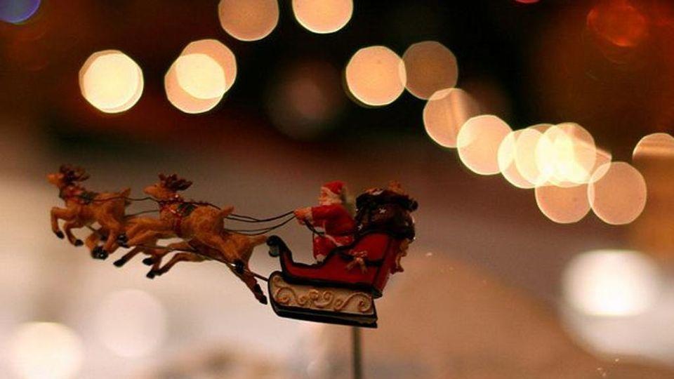 Camino Di Babbo Natale.Come Fa Babbo Natale A Entrare Nel Camino La Velocita Lo Fa
