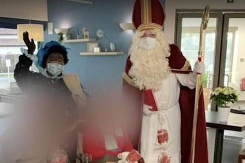 Il Babbo Natale.San Nicola Fa Visita In Una Casa Di Riposo In Belgio Ma E Positivo Al Covid 19 121 Contagiati E 26 Anziani Morti La Stampa