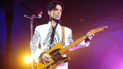 La collezione trucco che rende omaggio a Prince