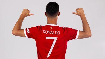 Manchester United, si chiude il giallo: Cristiano Ronaldo indosserà la maglia numero 7