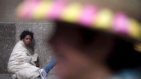 Gli hotel diventano abitazioni: così gli Usa allontano le donne senzatetto dalle strade