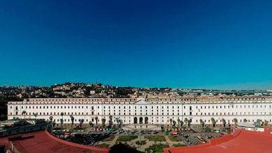 L'Albergo dei Poveri di Napoli, un capolavoro che cade a pezzi