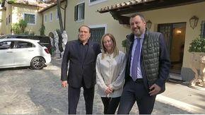 Vertice del centrodestra, Berlusconi incontra Meloni e Salvini a Villa Grande a Roma