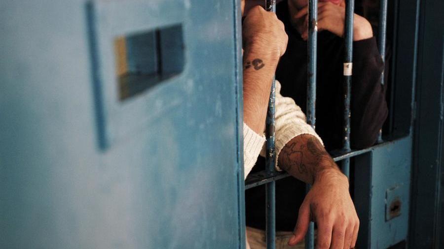 Detenuto con un permesso di lavoro esterno evade dal carcere di ...