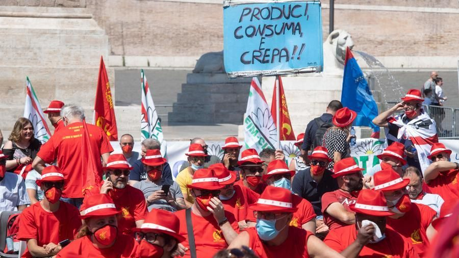 Metalmeccanici, il no nazionale agli aumenti fa esplodere la protesta in provincia: scioperi in molte fabbriche