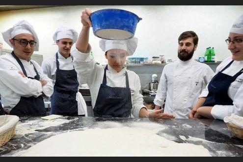 La Fabbrica Degli Chef Viaggio Nella Scuola Di Cucina Di Niko Romito La Repubblica