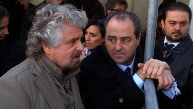 Cinque stelle e Idv, andata e ritorno. «Quando eravamo io, Beppe Grillo e Gianroberto Casaleggio». Il racconto di Antonio Di Pietro