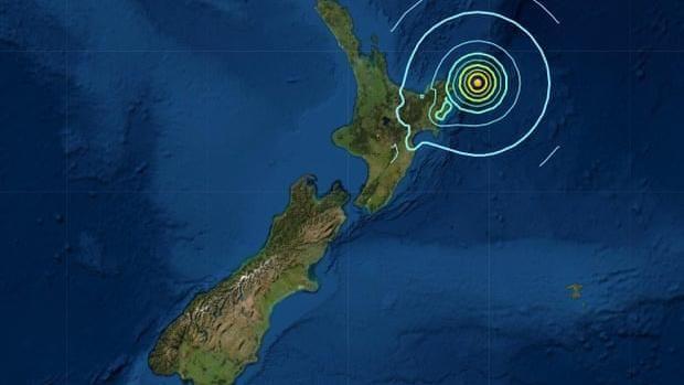 Cartina Nuova Zelanda.Sisma Di Magnitudo 8 1 In Nuova Zelanda Rientra L Allarme Tsunami La Stampa