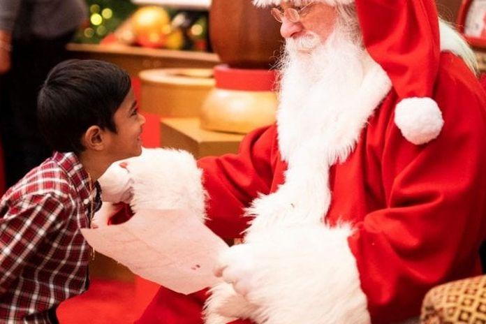Chi Invento Babbo Natale.Babbo Natale E Piu Reale Degli Alieni Almeno Per I Bambini La Repubblica
