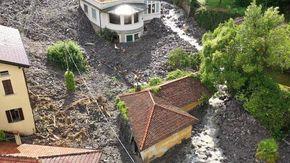 Laglio, le immagini dal drone la colata di fango e sassi nel comune del Comasco