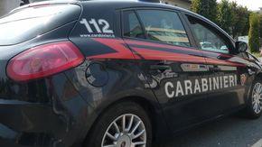 Dagli spumanti alle auto: diciottenne arrestato per 8 furti a Ivrea