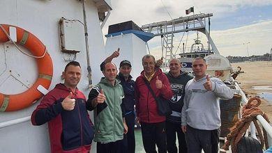 """""""Oggi Mazara del Vallo torna a vivere!"""" I pescatori sono liberi e di ritorno verso l'Italia"""