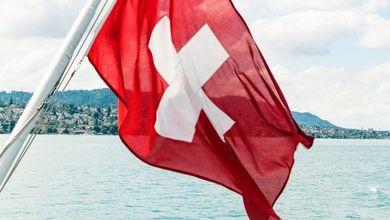 Gli evasori fiscali italiani sono nel panico: la Svizzera non li protegge più