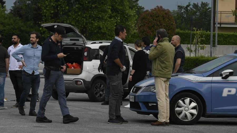 Femminicidio a Cuneo: militare di Pinerolo uccide la compagna all'Auchan