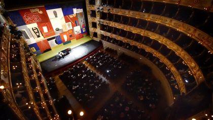 Gala verdiano e nuovo sipario: Teatro Regio in festa - foto