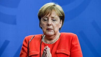 """""""Angela Merkel non ci lasciare"""": i tedeschi non vogliono fare a meno della Cancelliera"""