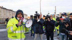 Trieste, mercoledì 27 nuovo corteo contro il Green Pass: lo annunciano i portuali