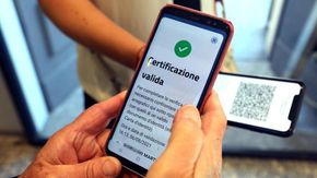 Green Pass, scaricati oltre 100 milioni di certificati: accelerazione negli ultimi 3 giorni, oltre il 70% arrivano dai tamponi