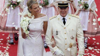 """Charlène e Alberto di Monaco: nel decimo anniversario di nozze tornano i rumors su una """"crisi di coppia"""""""