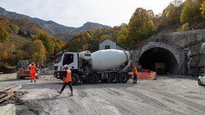 Al maxi cantiere del Tenda bis si scaverà 4 metri al giorno e da dicembre al lavoro 24 ore su 24