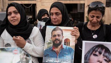 Il Libano è al buio, senza cibo e medicine. Ma i politici nascondono milioni nei paradisi fiscali
