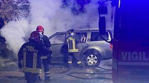 Un'altra auto data alle fiamme nella notte a Cavallermaggiore: è caccia al piromane
