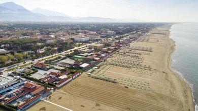 Soldi in contanti e prestiti da usurai: mafie e fondi stranieri provano a comprarsi la Toscana