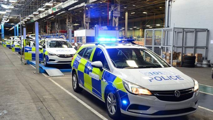 Auto Polizia, in Svezia la Volvo V90 mette la divisa  Nel