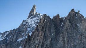 Un alpinista italiano precipita e muore sul Dente del Gigante