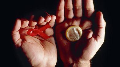 Aids, la follia dei ragazzi che sfidano il virus