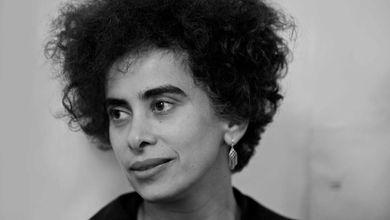 Adania Shibli, o l'arte di raccontare il dettaglio che cambia la Storia