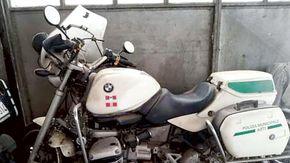 I vigili mettono all'asta le vecchie moto