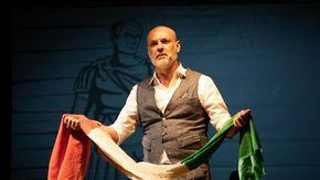 Il Teatro Manzoni riparte con Sylos Labini