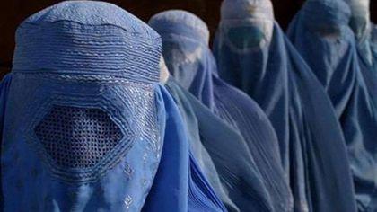 """Da Napoli solidarietà alle donne afghane: """"In piazza col burqa"""""""