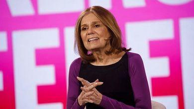 Gloria Steinem: «Difendiamo i nostri diritti dai maschi bianchi al potere»