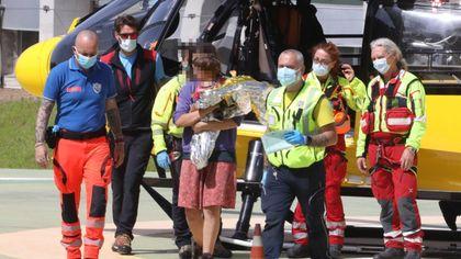 Mamma e bambino arrivano in elicottero all'ospedale Meyer di Firenze