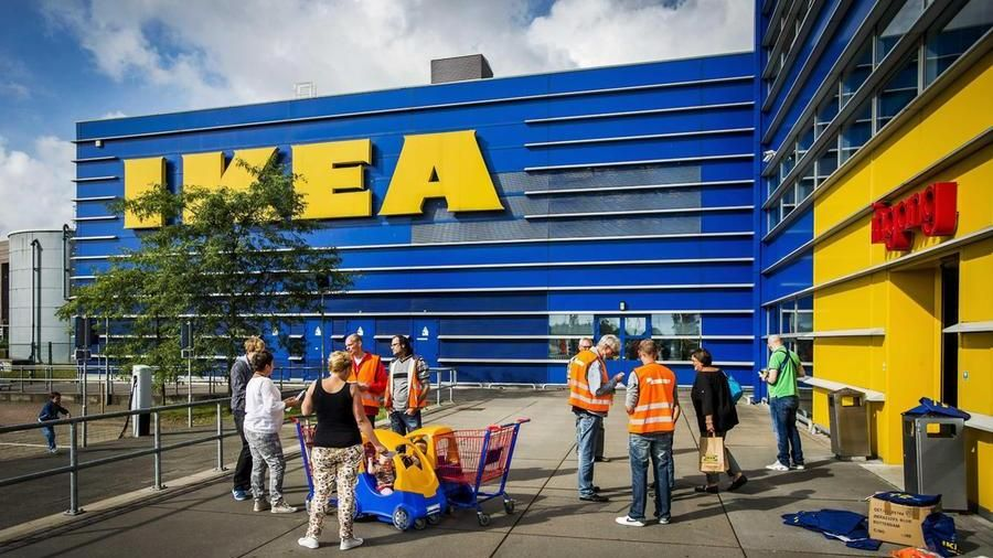 Cassettiere Malm Di Ikea.Bimbo Ucciso Da Una Cassettiera Malm Ikea Paghera 46 Milioni Di
