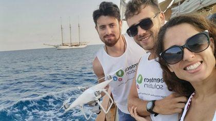 Dal robot cerca-rifiuti all'auto che diventa solare: guida alle startup green in Campania