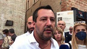 """Salvini su green pass nei locali e chiusura delle discoteche: """"Qualcuno odia i giovani"""""""
